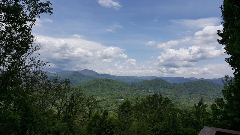 Aerial Ridge, Summertime Wide Range View