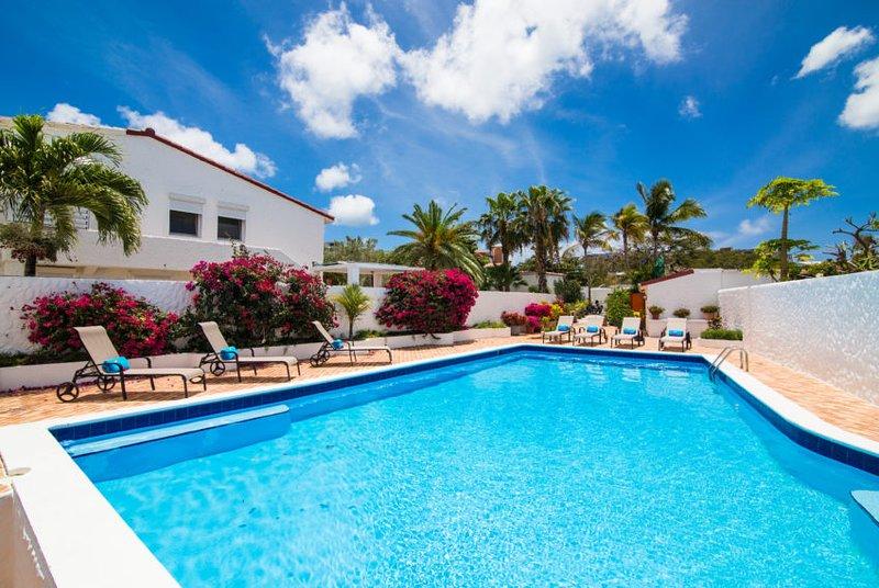 SEACHEST...Dutch side St Maarten villa...