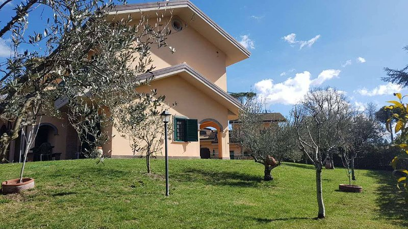 Iael's Rooms, vacation rental in Colonna