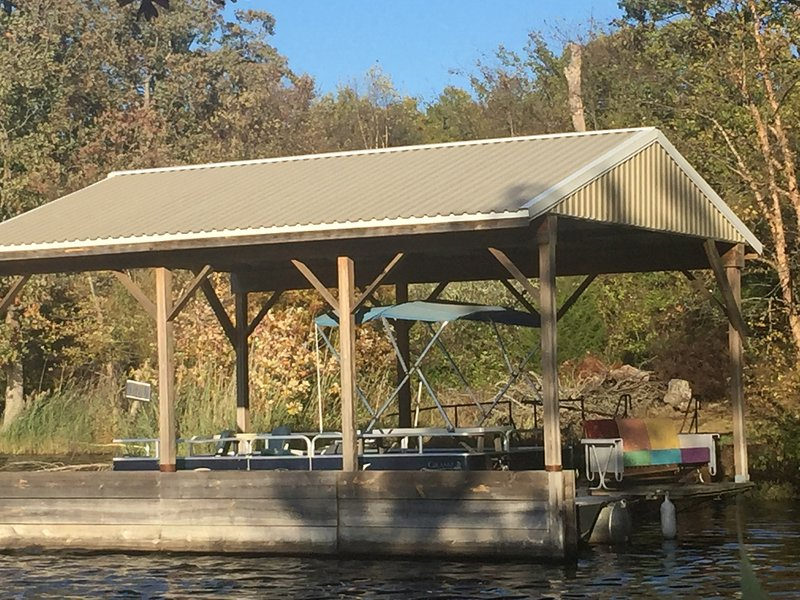 Lakeside  Ranch Lodge, holiday rental in Bluford
