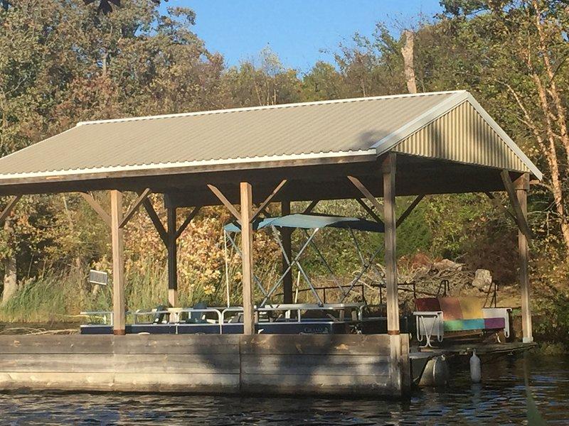 Lakeside  Ranch Lodge, aluguéis de temporada em Bluford