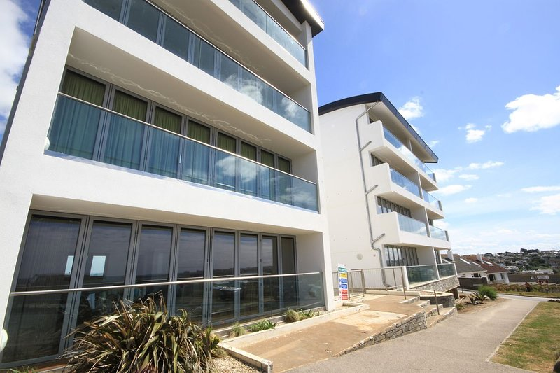 Zenith number 16 at Porth, vacation rental in Newquay