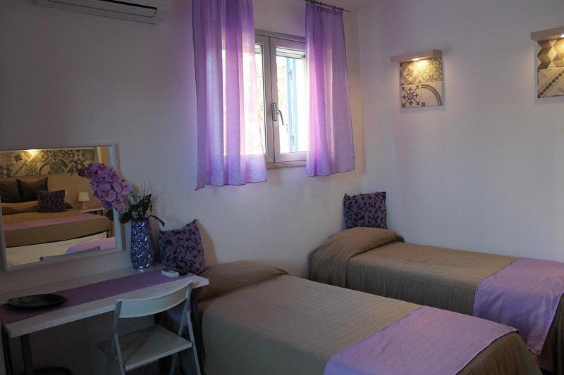 Camera Quadrupla non rimborsabile, vacation rental in Petrosino