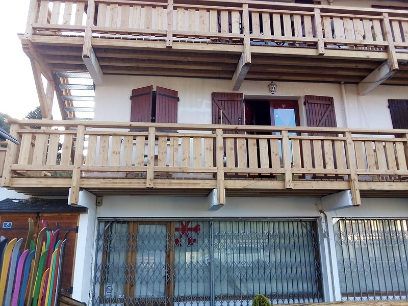 T1  5 couchages Saint-Pierre-dels-Forcats, holiday rental in Mont-Louis