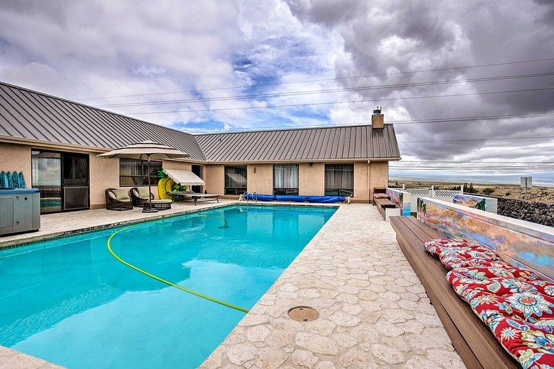 Kamuela Apartment w/ Heated Pool, Hot Tub & Gym!, vacation rental in Kapaau