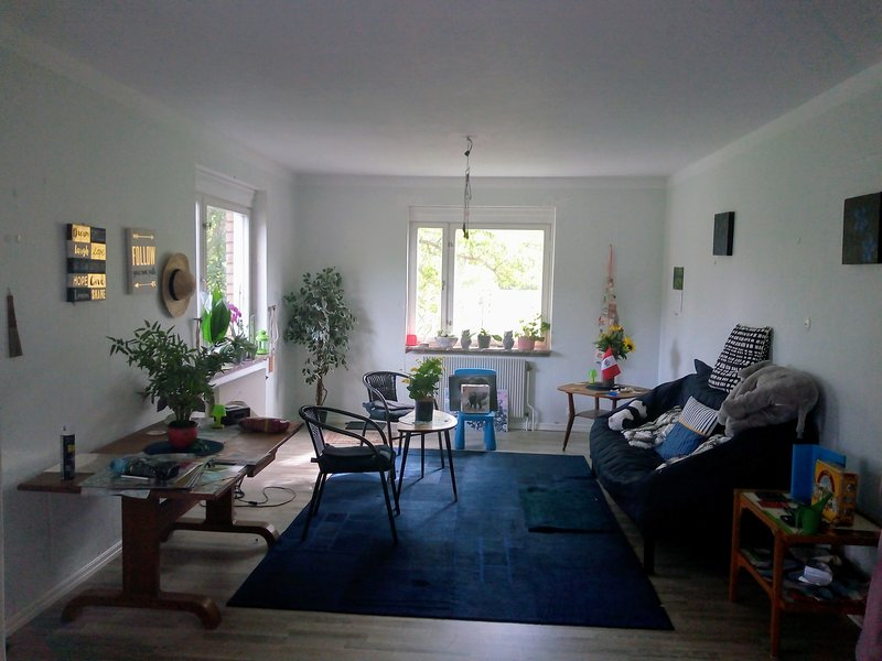 Spacious house with terrace, vacation rental in Stollet