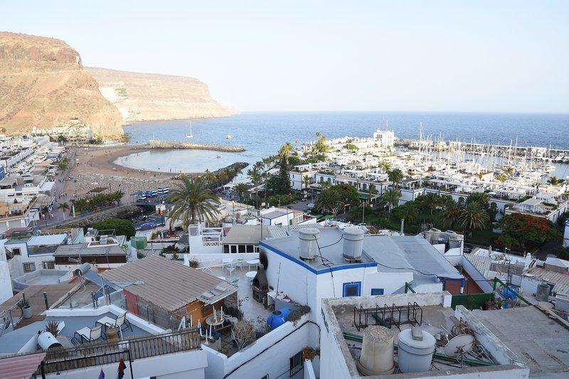 Con bonitas vistas al mar. Apartamento renovado en el barrio de Pescadores., holiday rental in Playa de Mogan