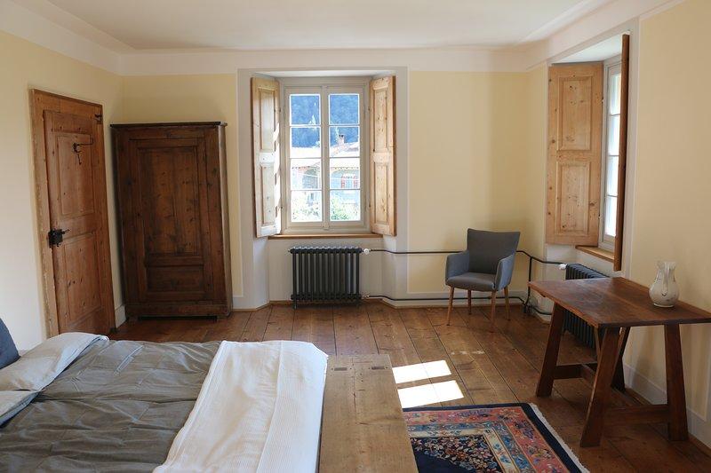 3-Zimmer-Wohnung in Cerentino Valle Maggia in schönem Patrizierhaus, location de vacances à Bosco Gurin
