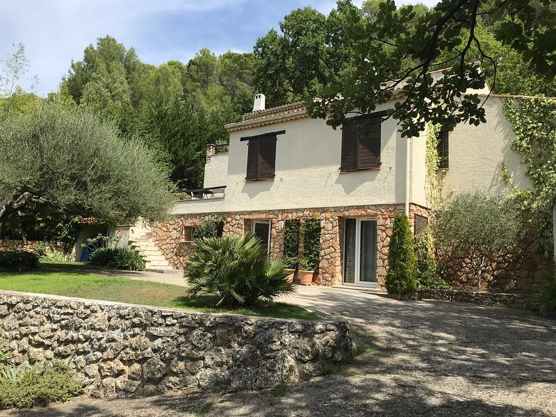 Studio (monolocale) - Chambre d'Hôtes, holiday rental in Var