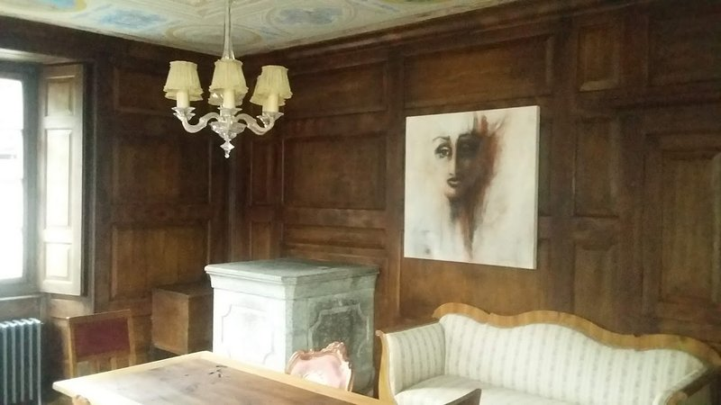 Common room: living room EC
