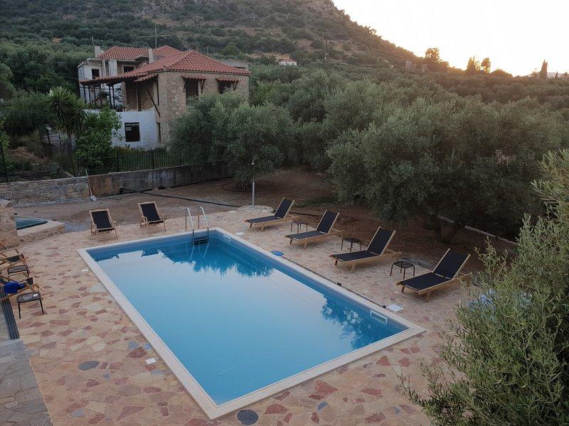 Villa Gaia - Magnificent Monemvasia, location de vacances à Velanidia