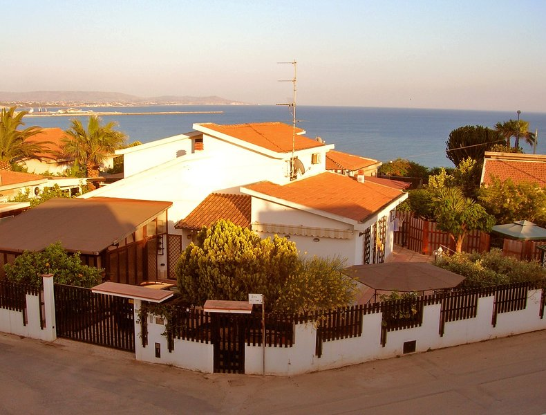 Villa indipendente con finalità turistiche stagionali, holiday rental in Porto Empedocle