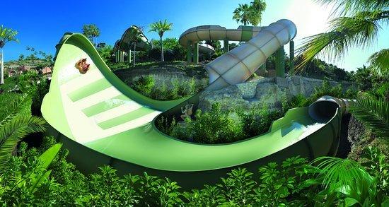 Siam Park op loopafstand. Het beste waterpark van Europa. Zie TripAdvisor. De Kinnaree.