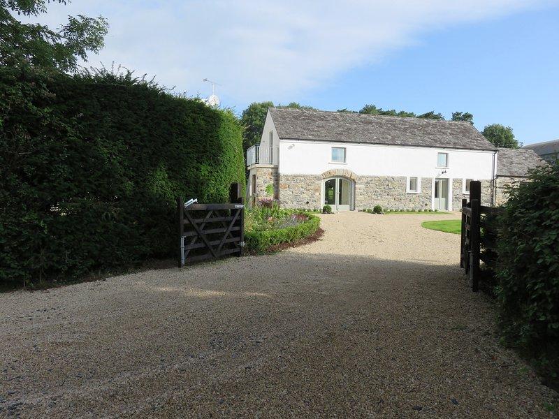 Old Village Barn, Woodford, County Galway, aluguéis de temporada em Ogonnelloe