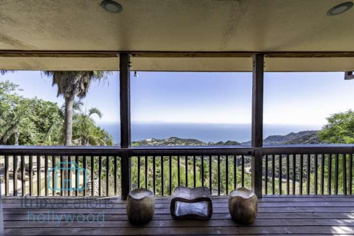 Take a seat and just say aahhh. This is Malibu Moonrise Lodge.