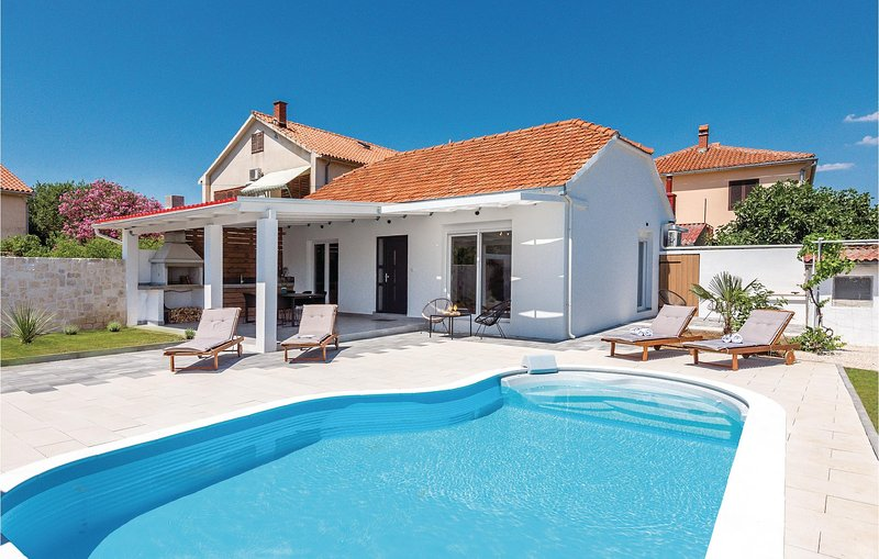 Amazing home in Betina with Outdoor swimming pool, WiFi and 2 Bedrooms (CDJ654), holiday rental in Betina