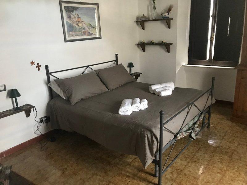 Maison San Francesco - caratteristici bilocali nel centro storico, holiday rental in Sutri