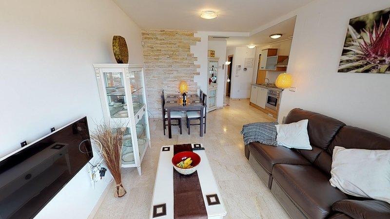 Pasajes 296116-A Murcia Holiday Rentals Property, holiday rental in La Tercia