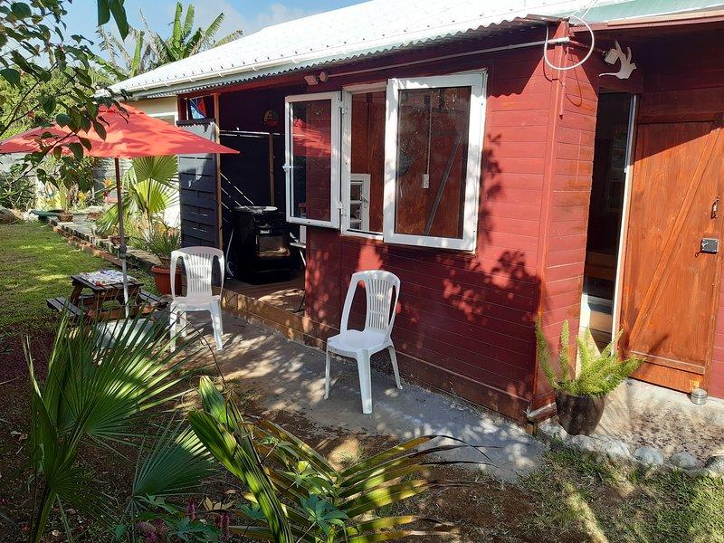 Ti'bichik la kabane, vacation rental in Sainte-Anne