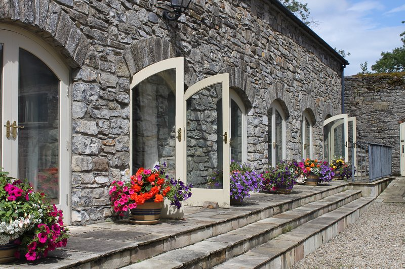 Swallows Return Luxury Self Catering Cottage, vakantiewoning in Carrigallen