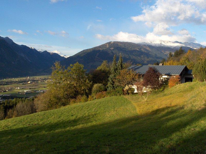 Ferienwohnung mit traumhafter Aussicht auf die Lienzer Dolomiten, location de vacances à Stall