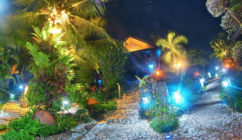 ⭐Deluxe Room (Cottage Style) Kata Beach ★ Phuket, vacation rental in Ban Kata