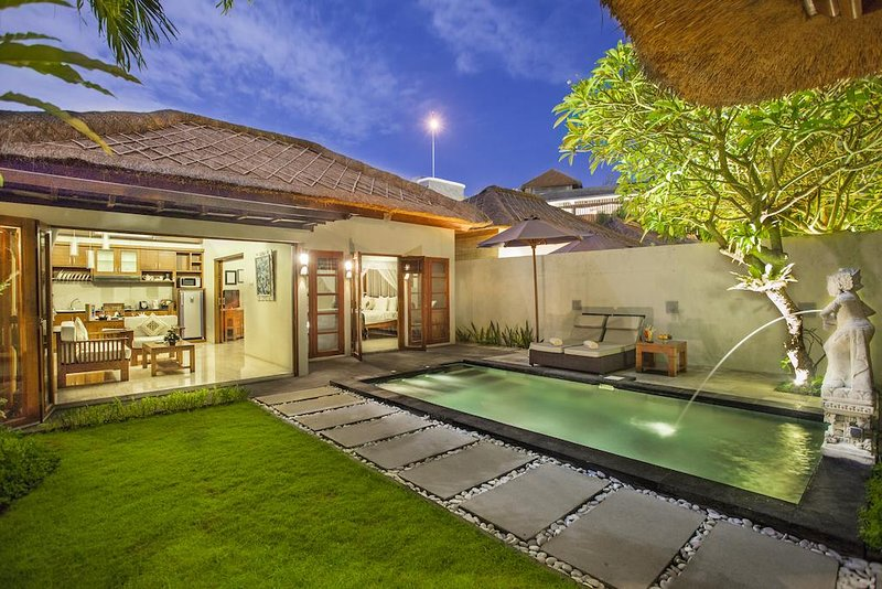 One Bedroom Villa with Private Pool - Breakfast, vacation rental in Kuta Selatan