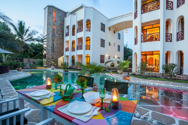Amani Luxury Apartments...Welcome to Dianis best kept secret...., holiday rental in Galu Beach