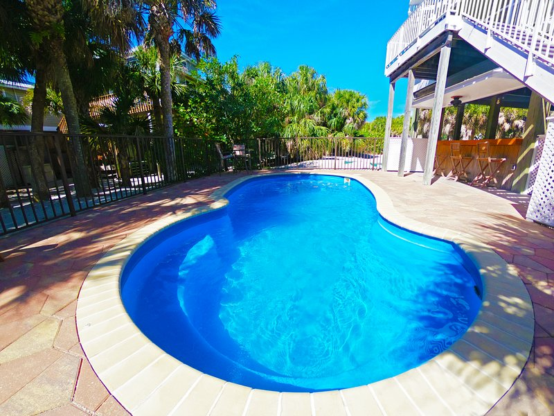Luxury Pool House, Steps from Beach, alquiler vacacional en North Captiva Island