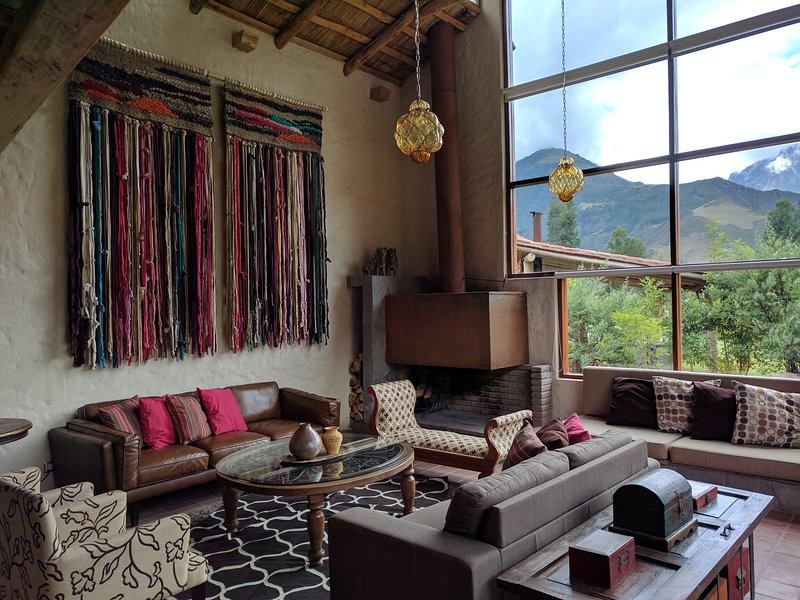 Beautiful Home in the heart of the Sacred Valley, aluguéis de temporada em Lamay