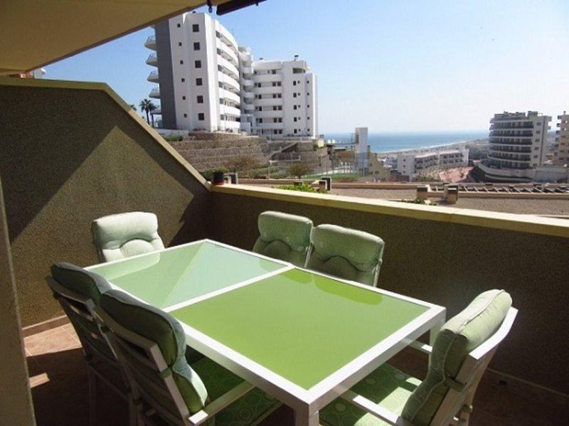 Apartamento familiar con vistas al mar, aluguéis de temporada em El Altet
