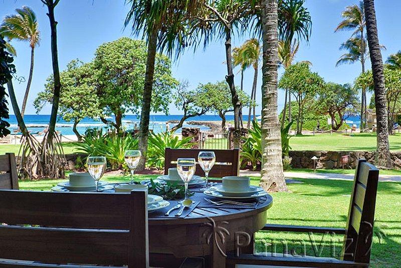 Villa 102 Beach Level Studio Direct Ocean Views!, vacation rental in Kahuku