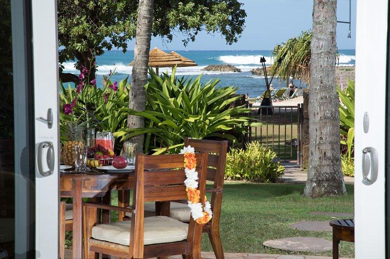 Villa 103 Beach Level 3-Bed Direct Ocean Views!, vacation rental in Kahuku