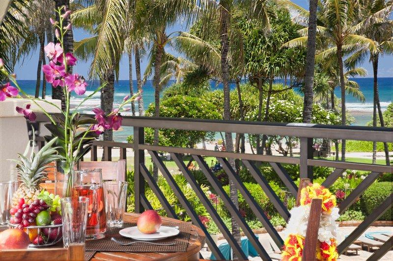 Villa 309 Third Level Penthouse 3-Bed Ocean & Pool Views!, vacation rental in Kahuku