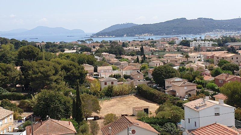 Seasonal rental T3 2 bedrooms 6 people sea view La Seyne-sur-Mer