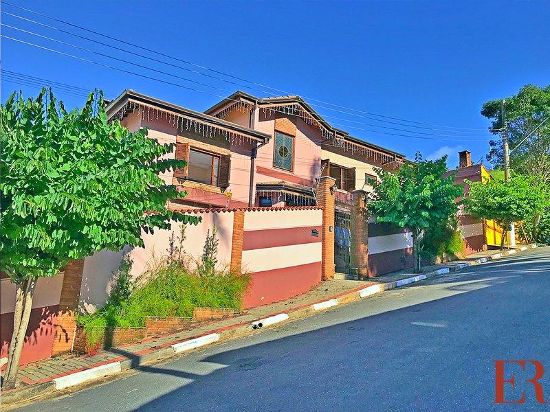 Casa Bela Vista - Guararema/SP, vacation rental in Sao Jose Dos Campos