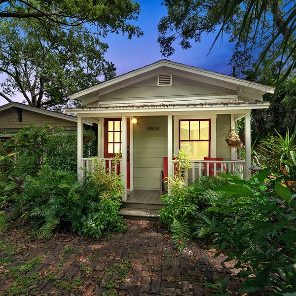 CHARMING ❤️PRIVATE GUEST HOUSE IN SEMINOLE HEIGHTS ⚡, vacation rental in Tampa