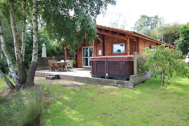 Luxury wooden lodge,Avocet Lodge, vacation rental in Tattershall