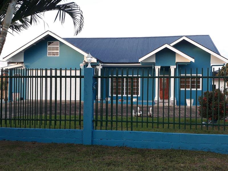 Chateau Louise, casa vacanza a Paramaribo District