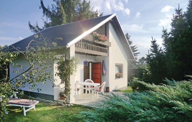 Awesome home in Weischlitz/Ot Kürbitz with 1 Bedrooms (DSA234), holiday rental in Thiergarten