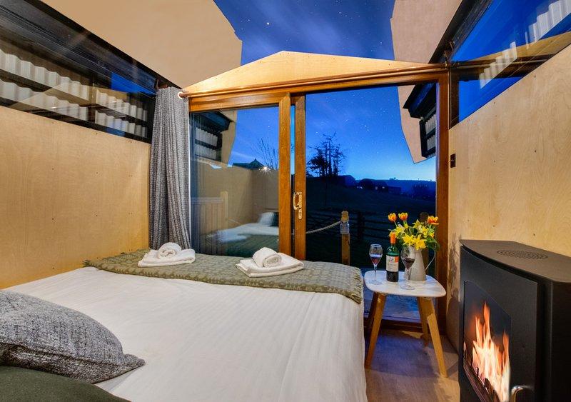 Sky Hut - Caban y Nen, vacation rental in Ciliau Aeron