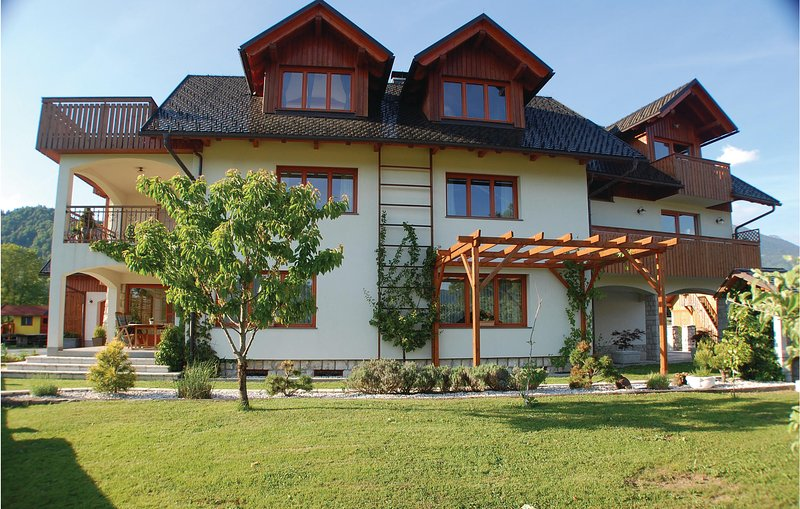 "<span class=""translation_missing"" title=""translation missing: en.shared.featured_properties.alt_for_rent, resort: Bled "">Alt For Rent</span>"