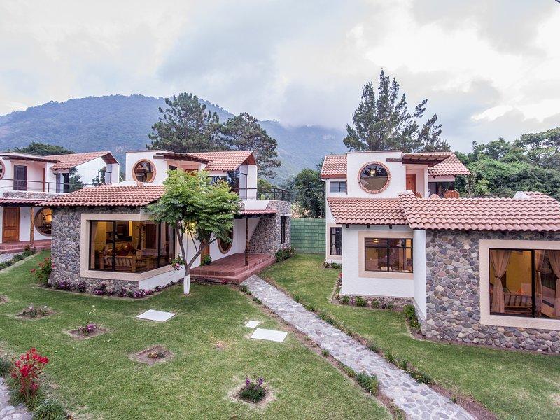 Villa JUCANYA 6, Lago de Atitlán, aluguéis de temporada em Chichicastenango