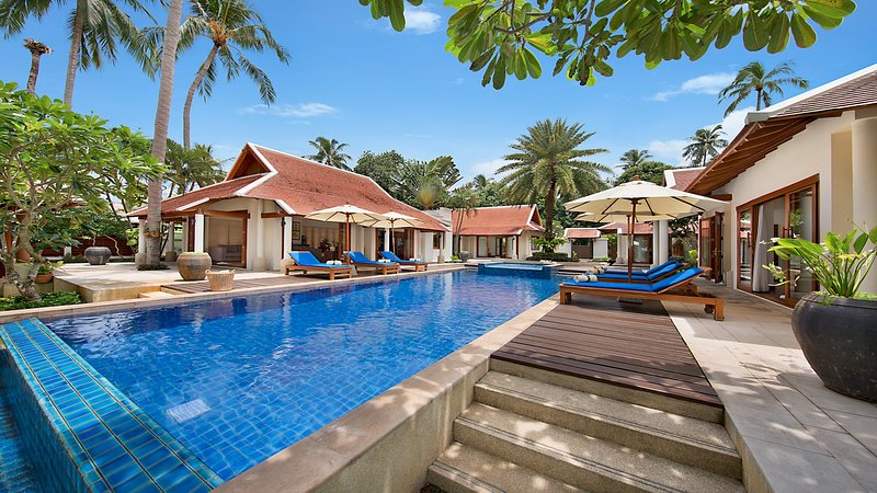 UP TO 40% OFF   Baan Chao Lay Gorgeous Tropical Beachfront Villa w/ Chef, vacation rental in Lipa Noi