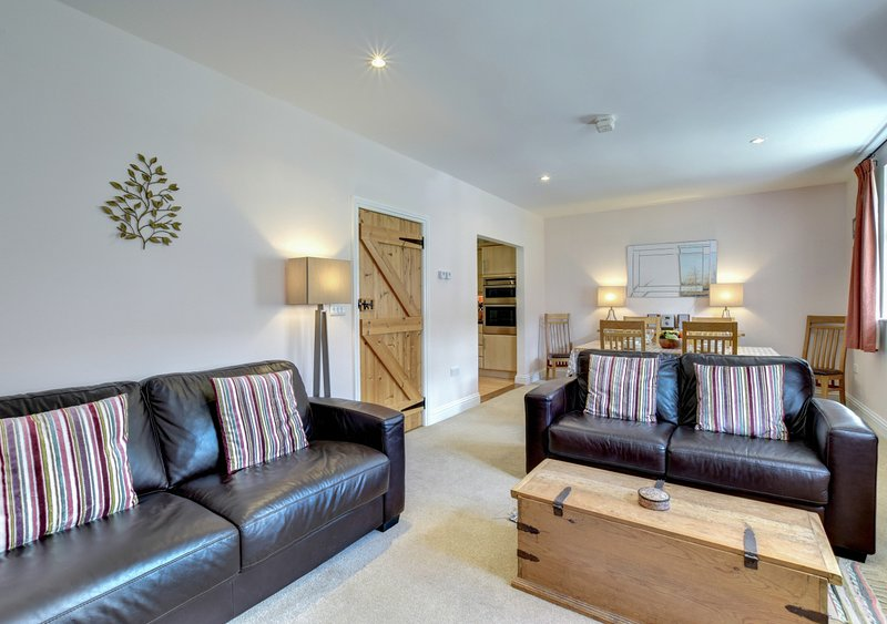 Amrose Cottage, holiday rental in Halesworth