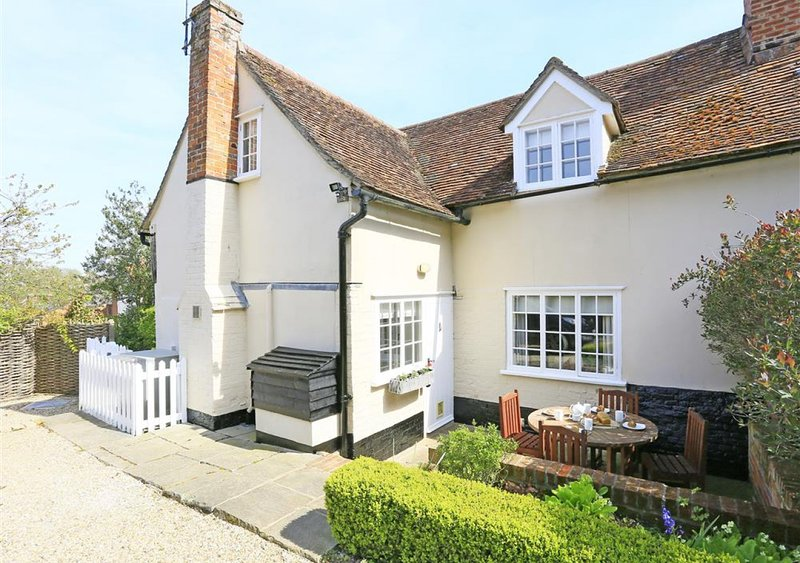 Cowslip Cottage, holiday rental in Hadleigh