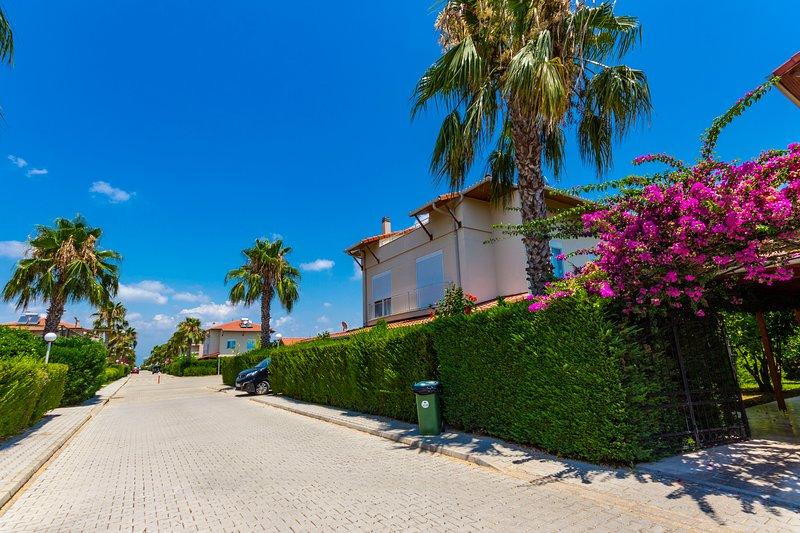 Paradise Town Villa Hazel, holiday rental in Kadriye