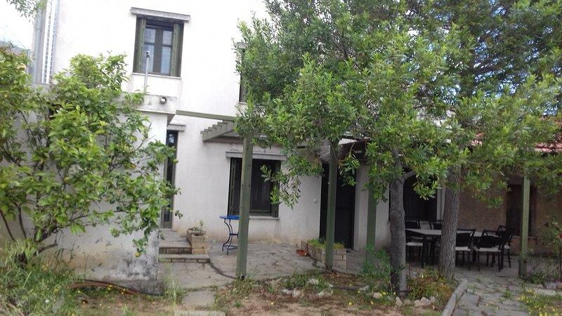 Get Away Country House, location de vacances à Epidavros