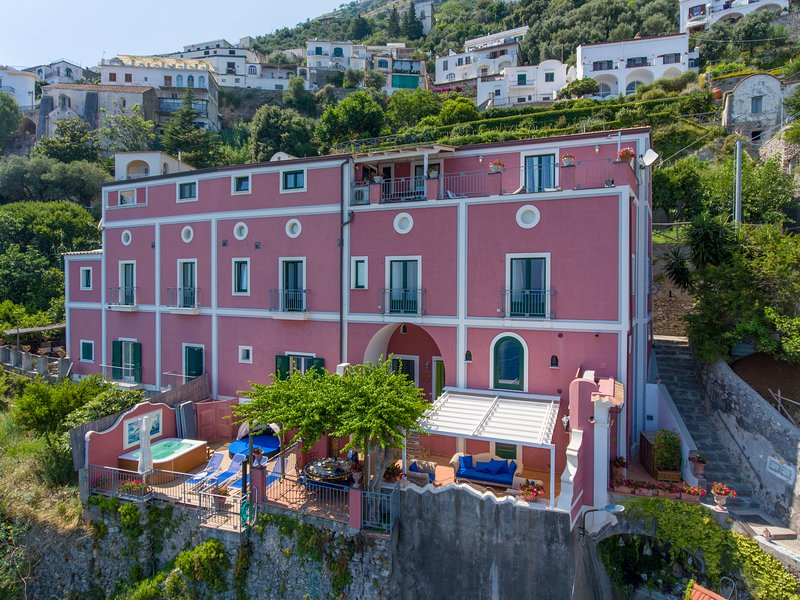 Palazzo Rocco - Villa Sunshining in Love - ., vacation rental in Praiano