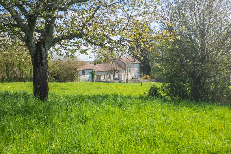 Gîte rural - Maison Le Garochet, holiday rental in Paray Le Monial